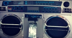 Cellphone boom box @samsungmobileus #thenextbestthing...