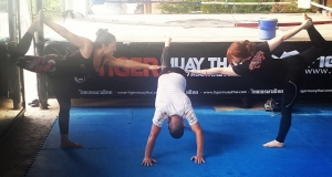 Yoga this am @tigermuaythai w/…
