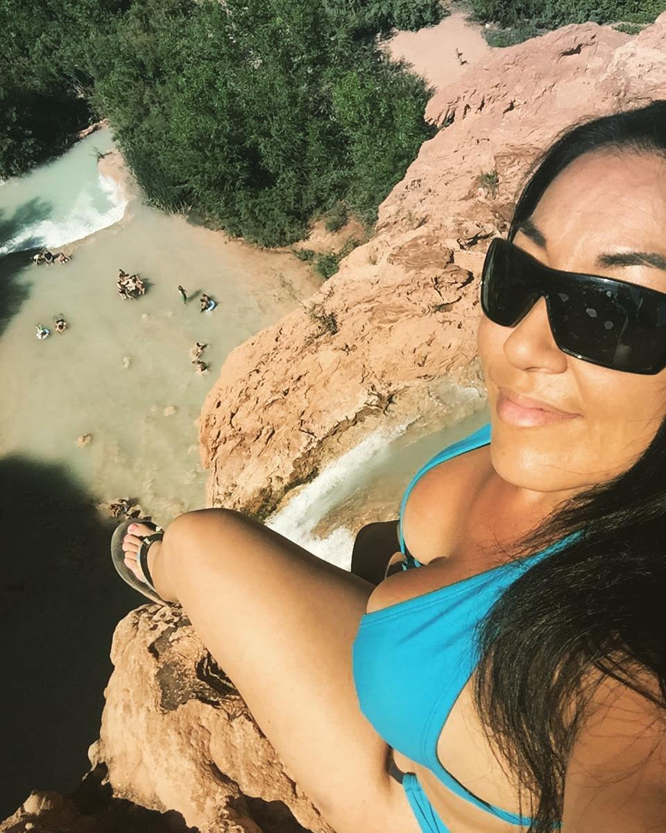 Hanging out over havasu falls...