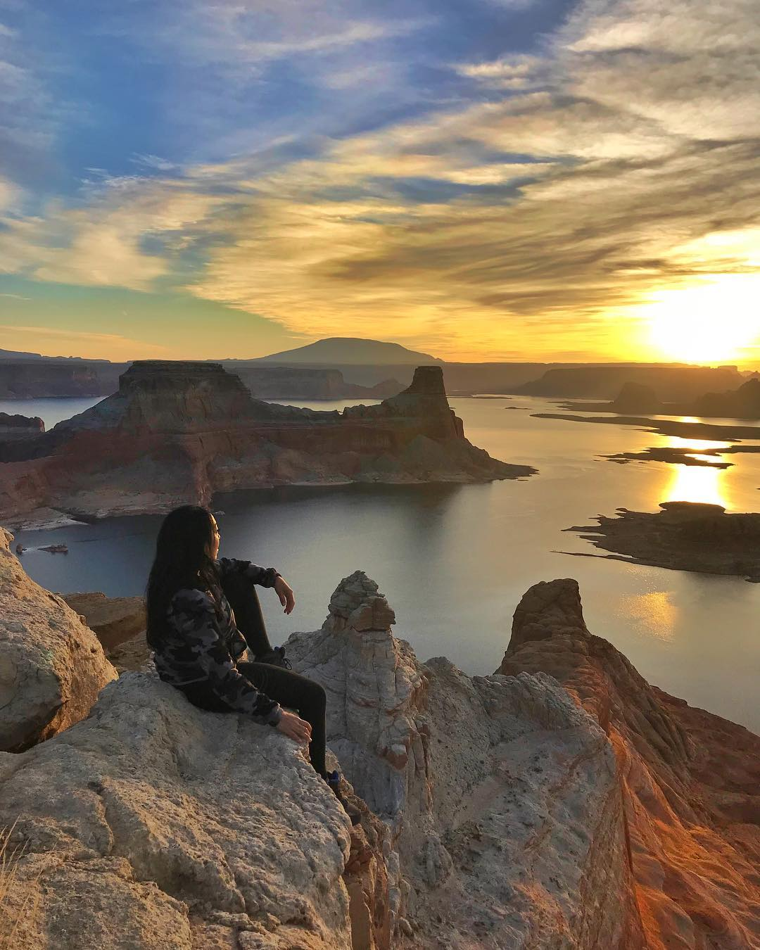 Catching sunrise over Lake Powell……
